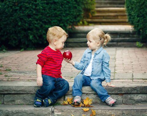 kid131197 480x380 - عکاسی از بچهها در رده سنی دو تا دوازده سال